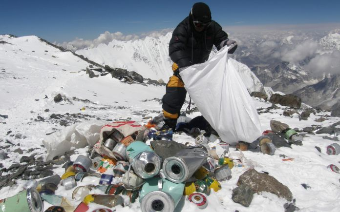 A Nepalese sherpa on Himalaya. AFP PHOTO/Namgyal SHERPA (Photo credit should read NAMGYAL SHERPA/AFP/Getty Images)