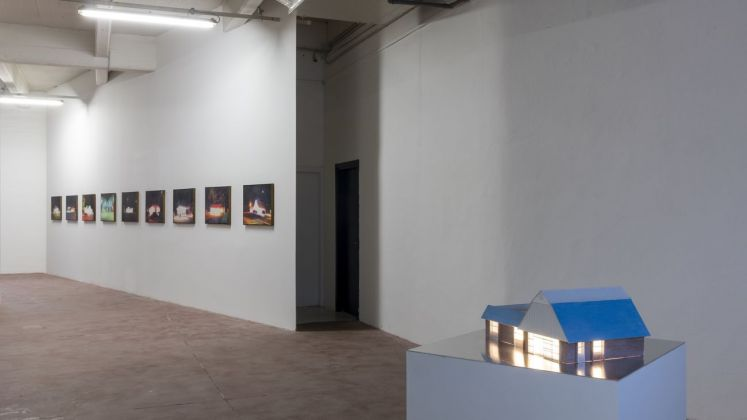 Tommy Malekoff, The Geography of Nowhere at ZERO..., Milan, 2021. Installation view. Courtesy of the artist and ZERO..., Milano. Photo credits Roberto Marossi.