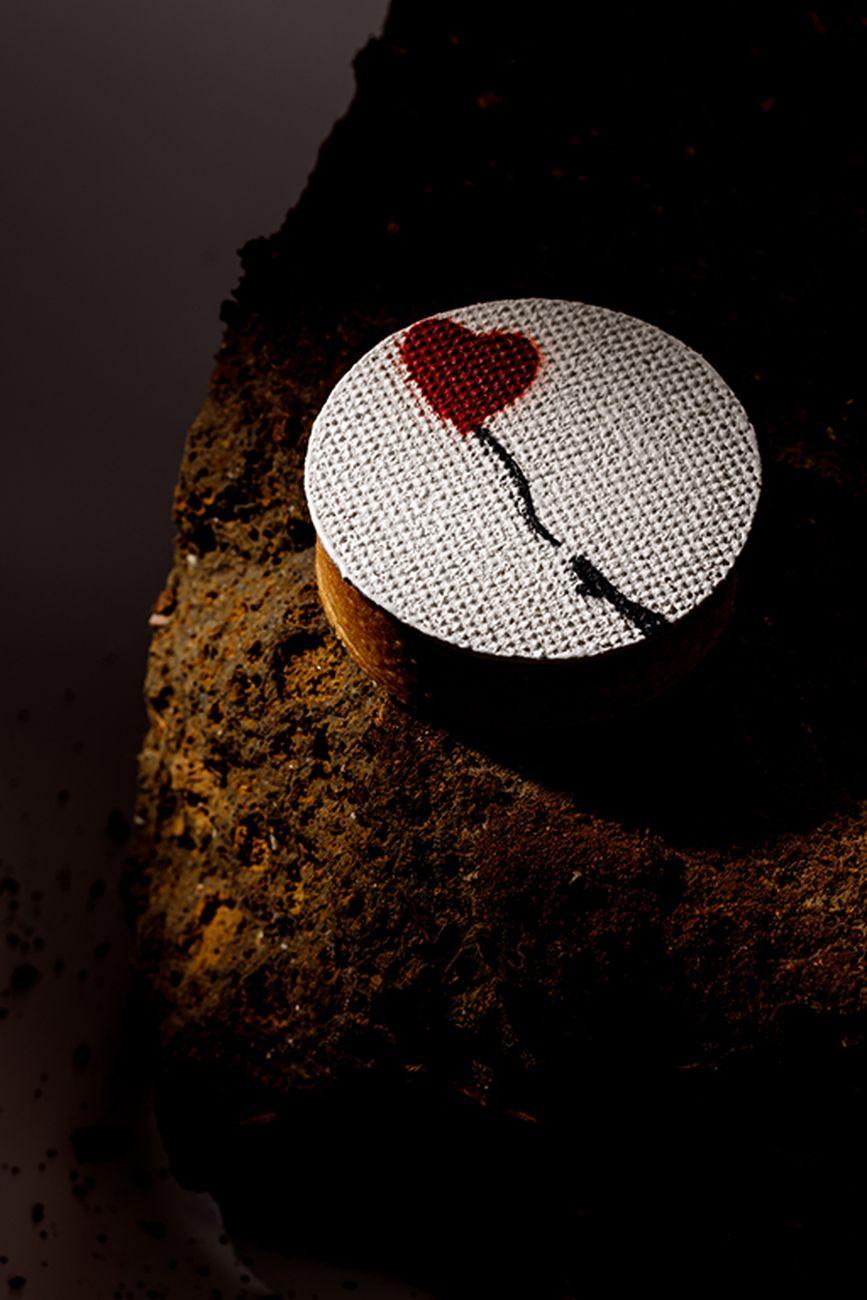 Crostatina omaggio a Banksy, Pasticceria Walter Musco. Photo Andrea De Lorenzo