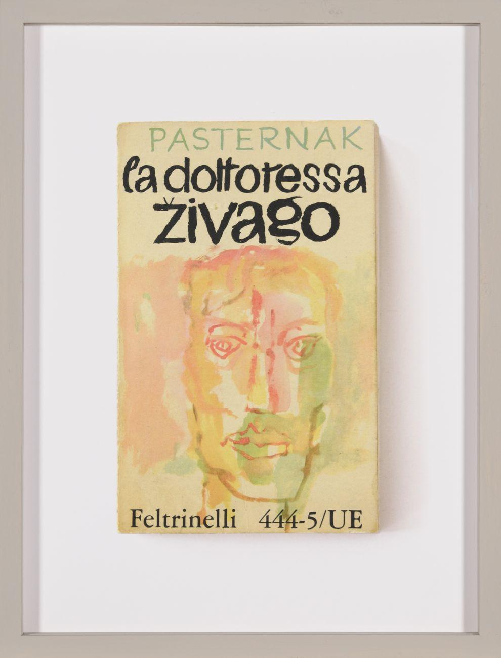 Daniela Comani, La dottoressa Zivago, 2007, dalla serie Novità editoriali, archival pigment print su PhotoRag 308g, cm 27,5x20,7. Courtesy l'artista & Galleria Studio G7, Bologna. Photo Alessandro Fiamingo
