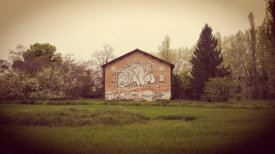 Il murale Bambino nel carrello del Collettivo FX, 2016, photo Collettivo FX