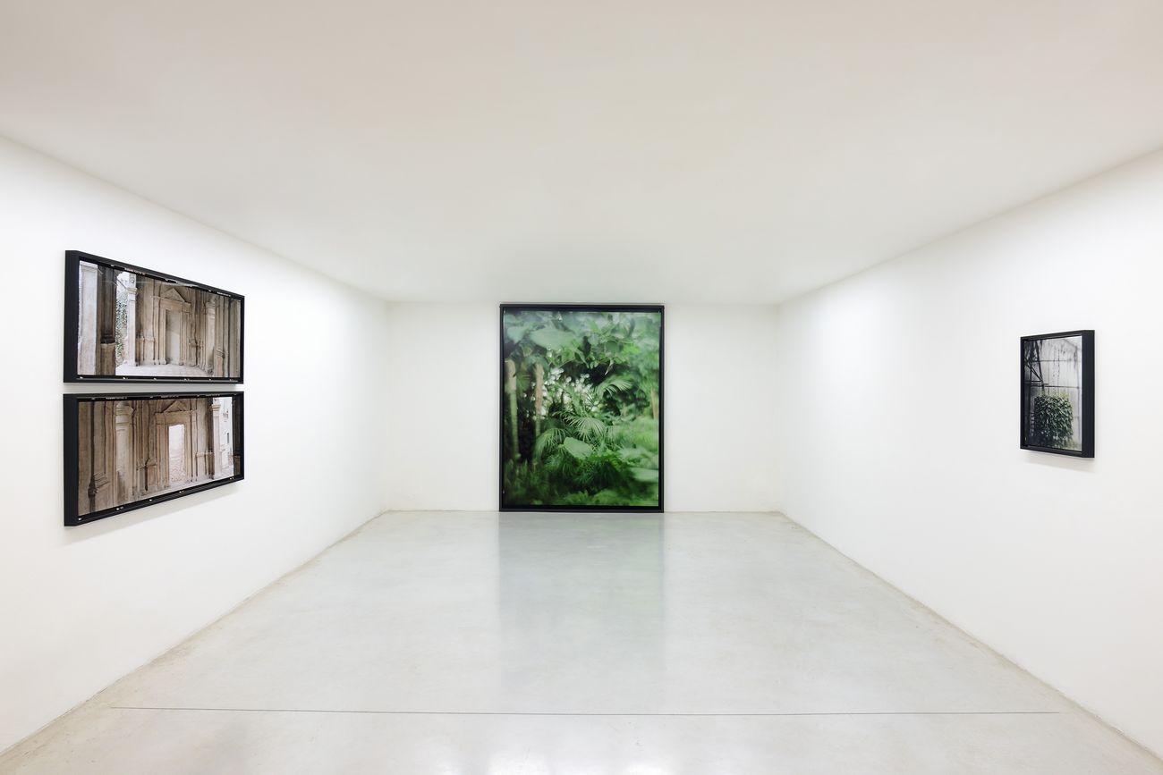Vincenzo Castella, Mimesis - 3rd Stone From The Sun, exhibition view at Studio La Città, Verona 2021. Photo Michele Alberto Sereni