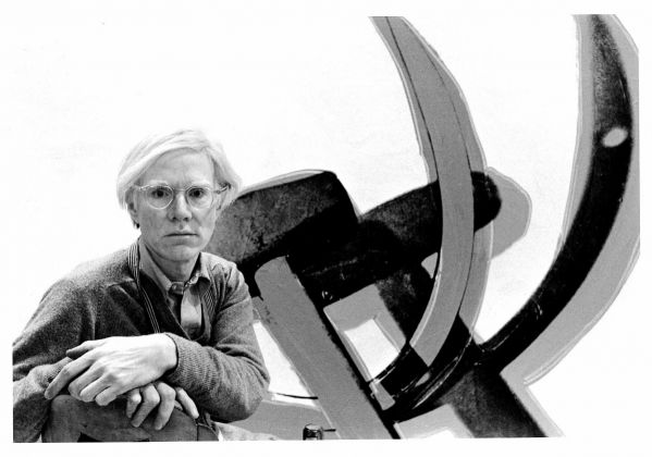 Gianfranco Gorgoni, Andy Warhol with Hammer and Sickle. NYC 1976