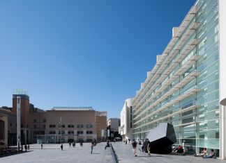 Museum of Contemporary Art of Barcelona (MACBA). Photo Miquel Coll.