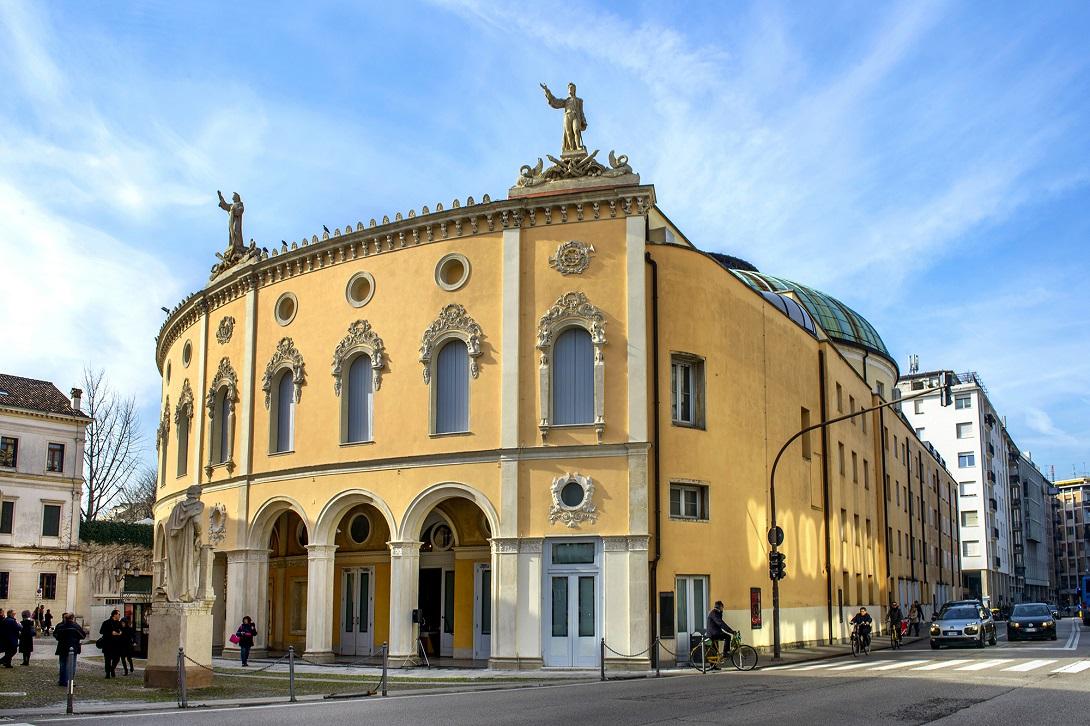 Facciata del Teatro Verdi Padova Ph. SerenaPea