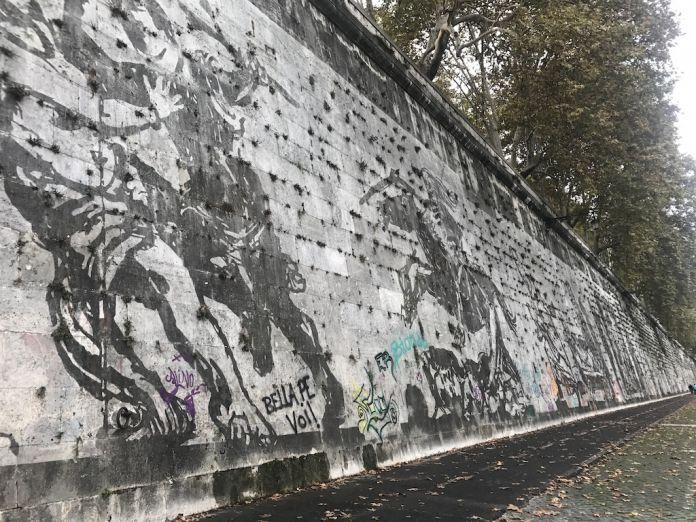 Il murale di William Kentridge vandalizzato