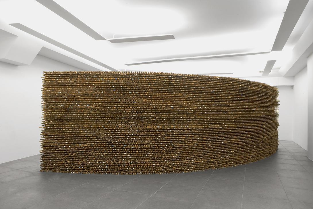 Nunzio, Avaton, 2017, combustione su legno, cm200x700x160, foto Claudio Abate