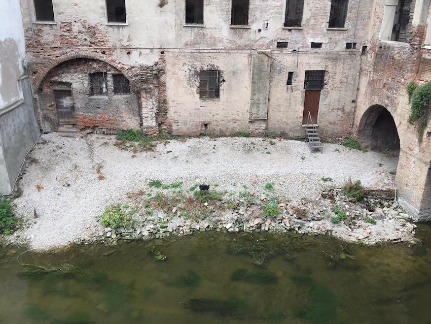 Pescherie di Giulio Romano a Mantova prima del restauro