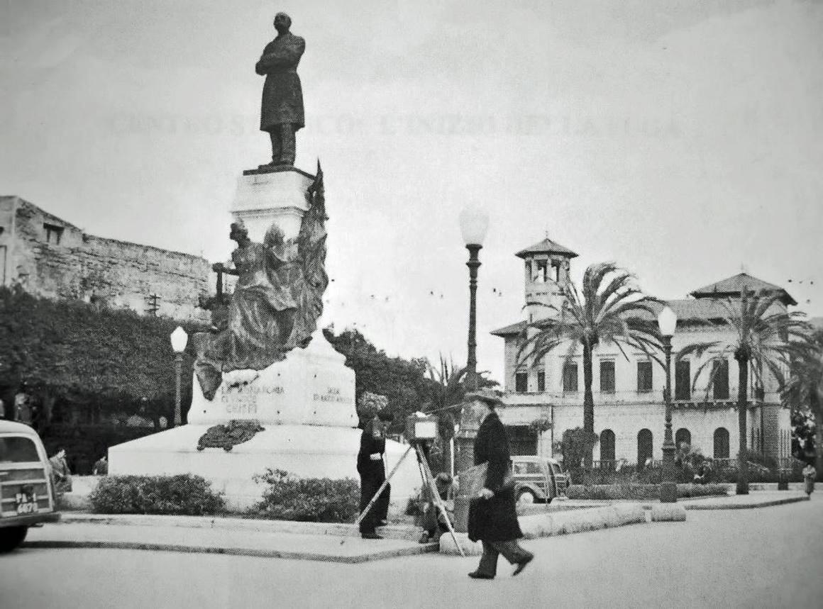 Villa Deliella, Palermo. Foto tratta da La Sicilia e gli anni Sessanta di Michele Russotto Edizioni Anved 1989