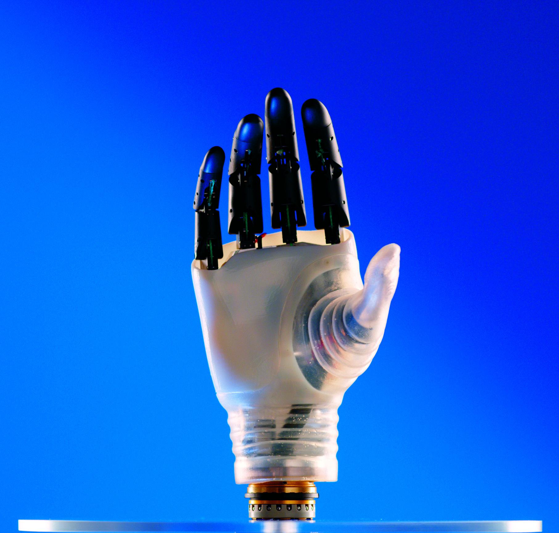 Hannes protesi di mano robotica sviluppata da IIT e INAIL, 2019. Genova, IIT Istituto Italiano di Tecnologia. © Istituto Italiano di Tecnologia