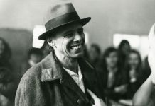 Joseph Beuys. Photo Giancarlo Pancaldi. Villa Orlandi in Anacapri, 13 novembre 1972