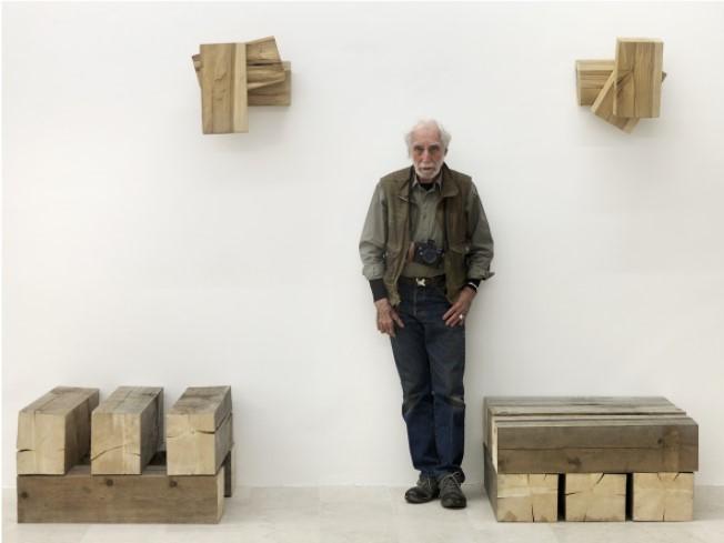 Richard Nonas, 2016, P420, Bologna. Photo Dario Lasagni
