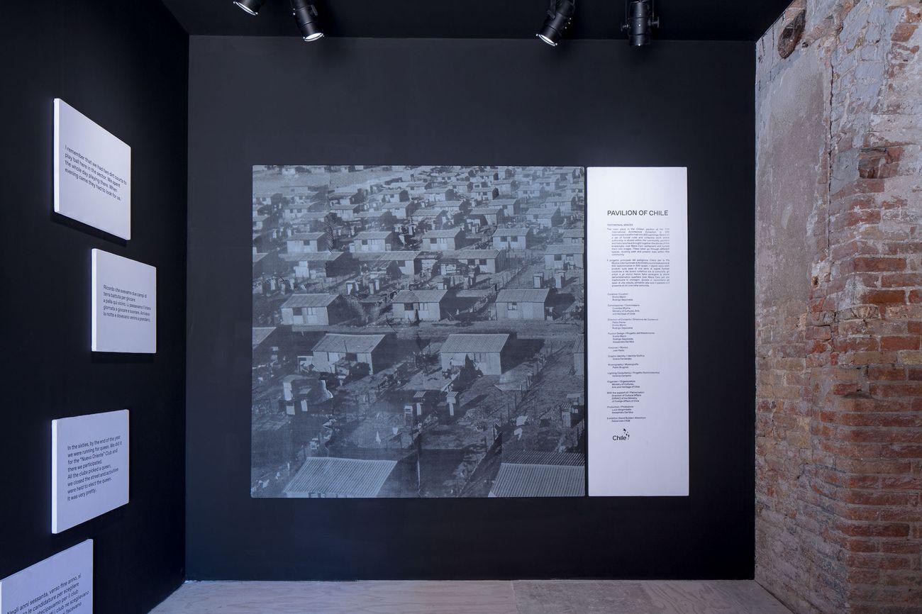 17. Mostra Internazionale di Architettura, Venezia 2021. Padiglione Cile. Testimonial spaces. Photo © gerdastudio