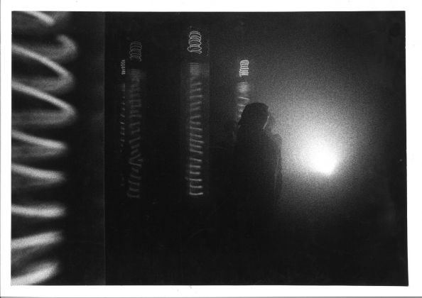 Laura Grisi, Un'area di Nebbia (A Space of fog), 1968. Installation view at the Marlborough Gallery, Roma 1969 © Laura Grisi Estate
