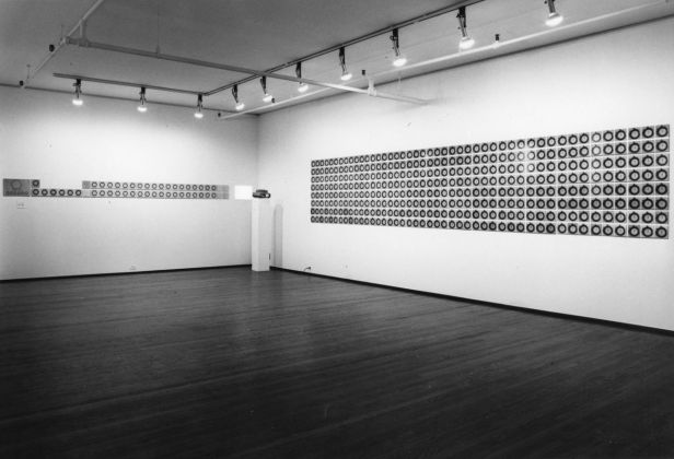 Laura Grisi. Hypothesis about time. Exhibition view at Castelli Gallery, New York 1976. Courtesy Estate Laura Grisi e P420, Bologna