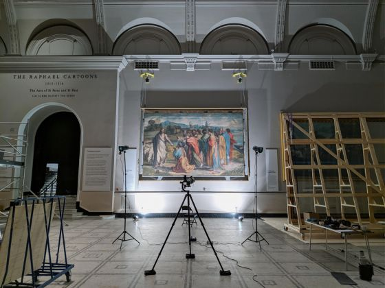 Recording the colour of the Raphael Cartoons panoramic composite photography (c) Gabriel Scarpa for FF