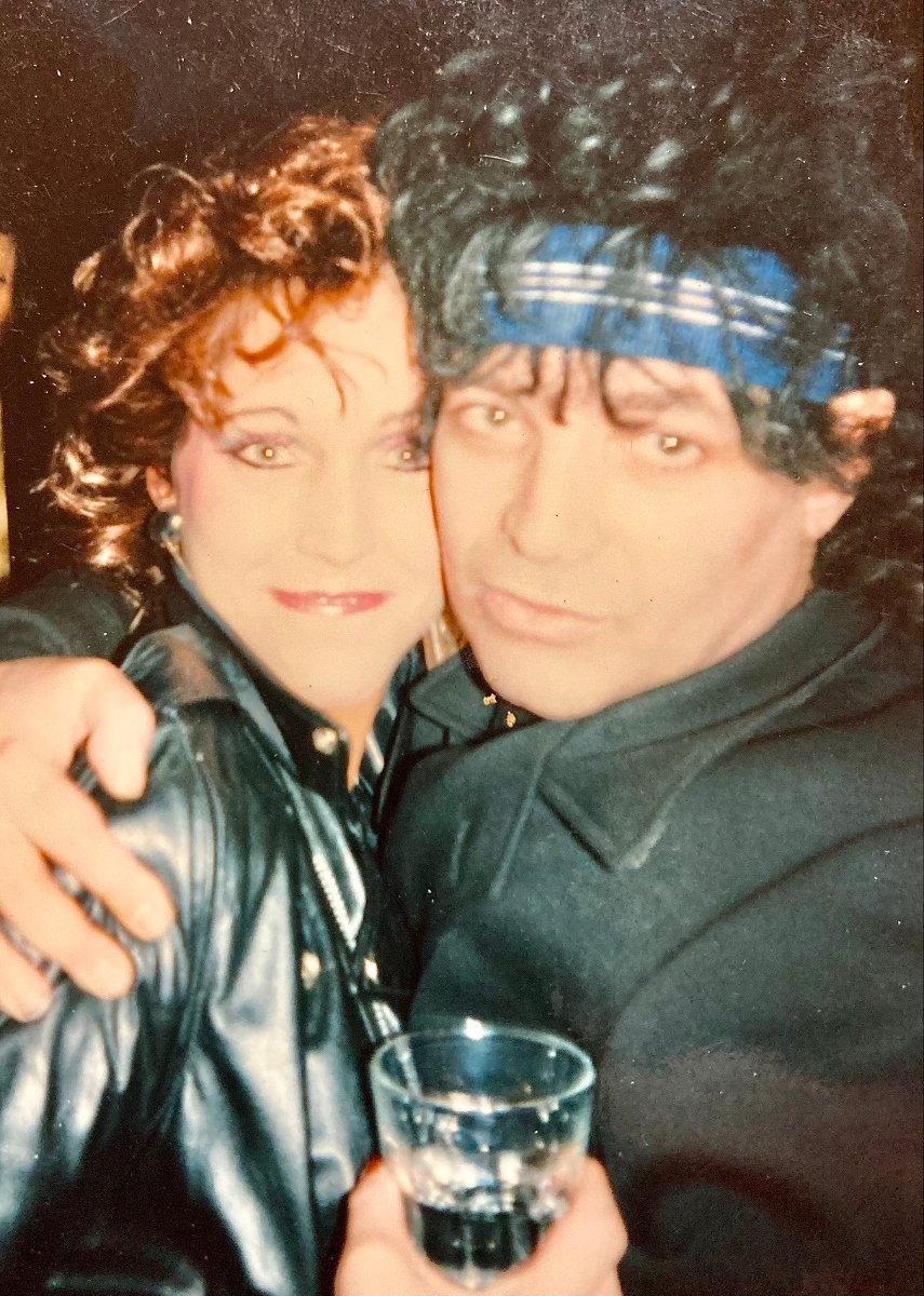 Alan Vega e Liz Lamere. Photo John DiMiceli