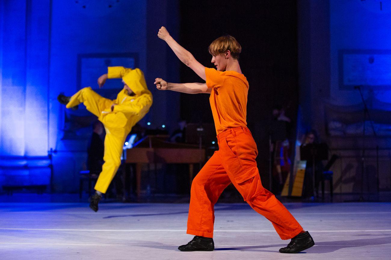 Balletto Civile, Figli di un dio ubriaco. Photo Dario Pichini