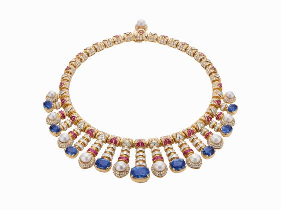Necklace in yellow gold with pearls, sapphires, rubies and diamonds, 1992. Heritage Collection
