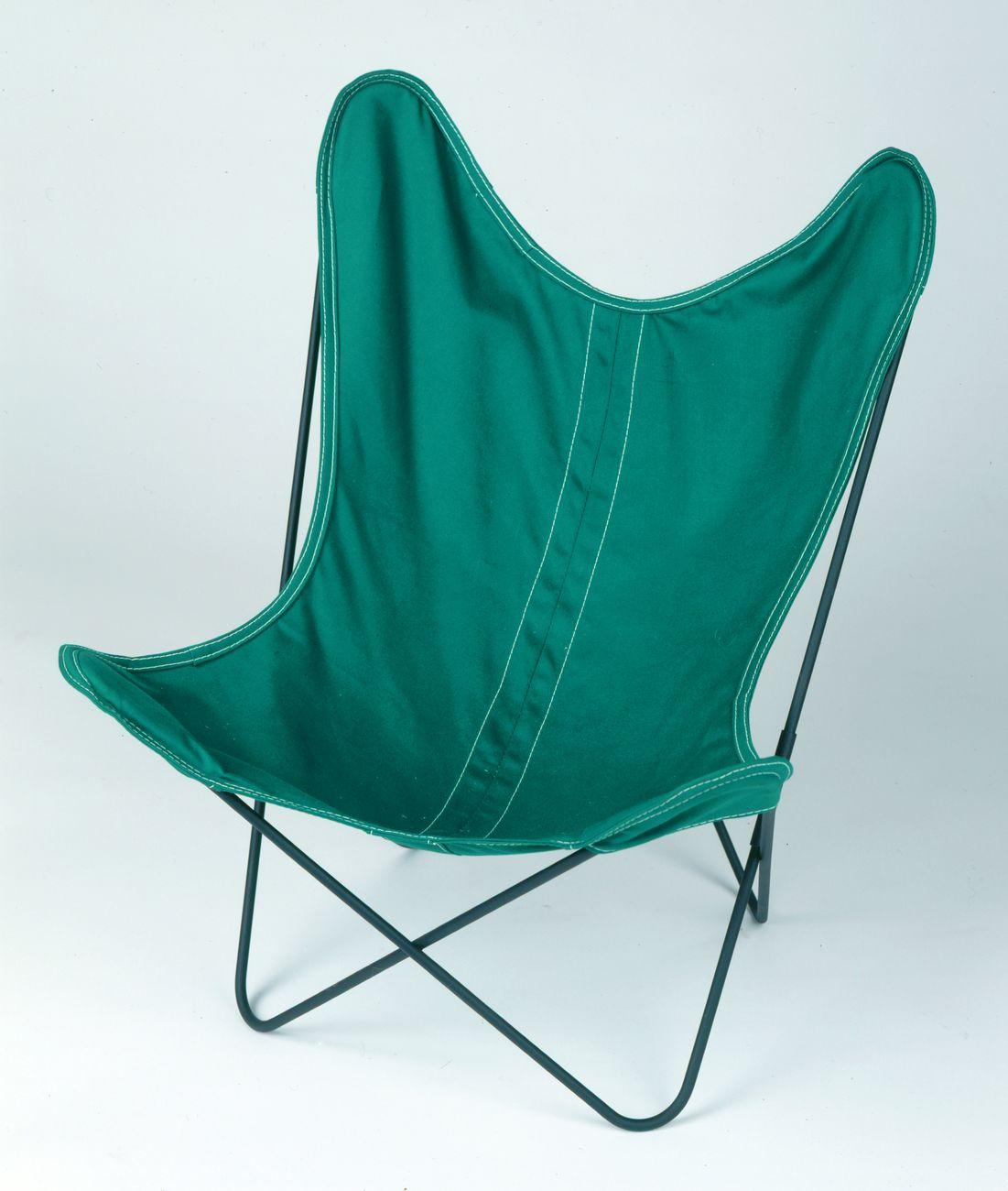 Grupo Austral, Hardoy Chair, 1938, prod. Artek Pascoe. Collection MAMC+. Photo © Yves Bresson MAMC+