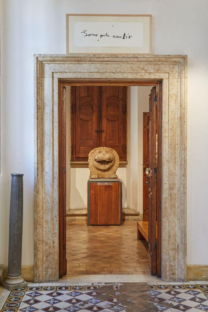 La Vita Nova. Patrizia Cavalli. Exhibition view at Museo Barracco, Roma 2021. Photo Simon d'Exéa