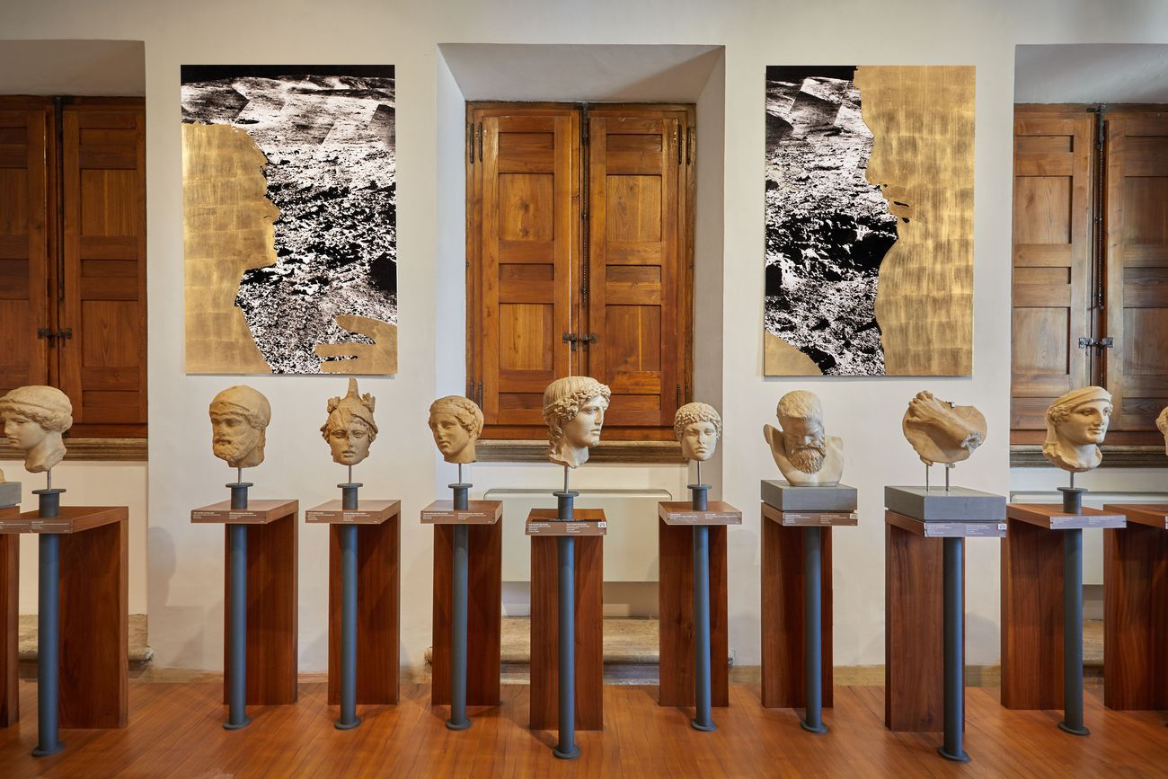La Vita Nova. Rä Di Martino. Exhibition view at Museo Barracco, Roma 2021. Photo Simon d'Exéa