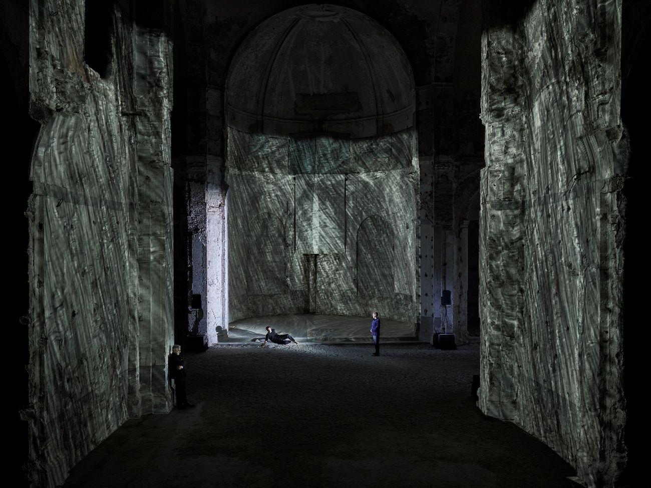 Piero Maccarinelli, Divina Commedia. La prima giornata, 2021, Spoleto. Courtesy Festival dei Due Mondi