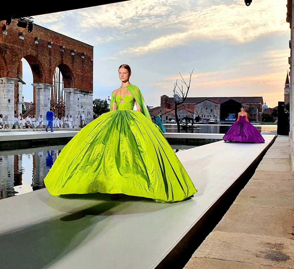 Valentino des Ateliers, la sfilata alle Gaggiandre di Venezia