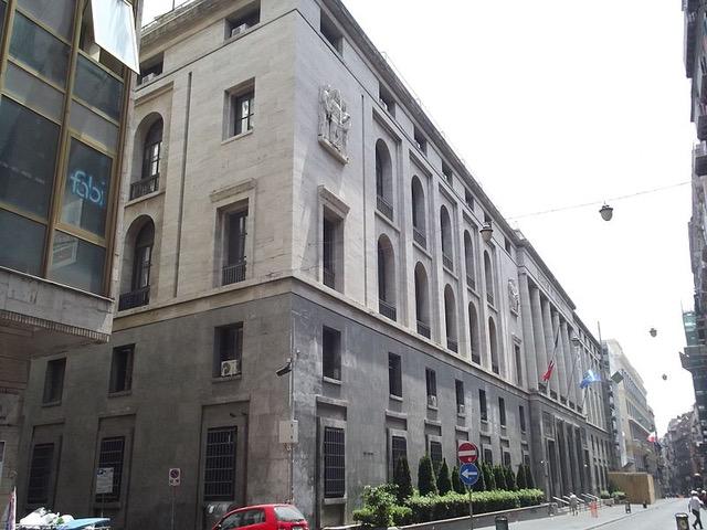 Via Roma (Via Toledo), Napoli, Palazzo Piacentini, @Elliott Brown