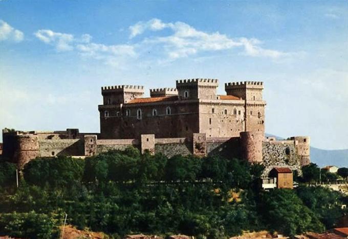 Castello Piccolomini a Celano