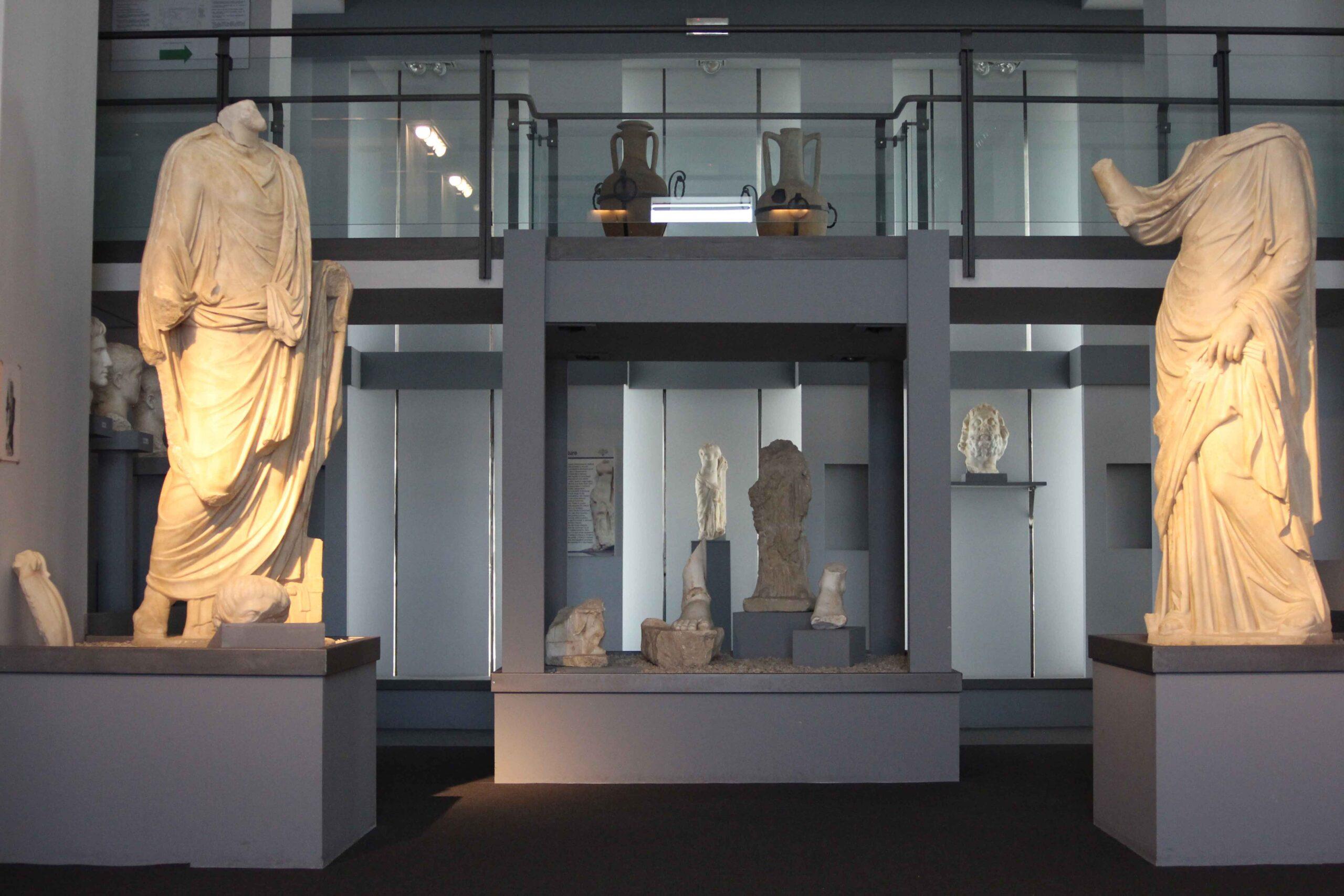 Complesso statuario Museo Archeologico Centuripe bassa