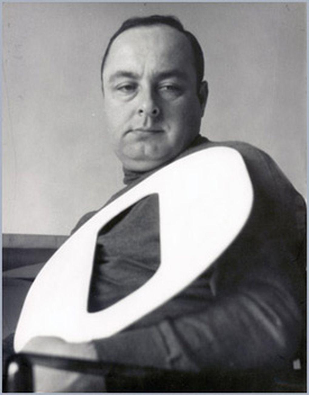 Ermanno Leinardi e l'ovale