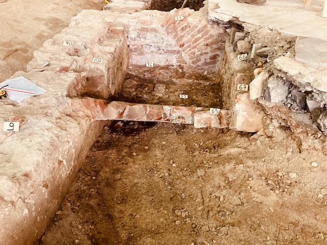 Cisterna ipogea, Loggia della Mercanzia