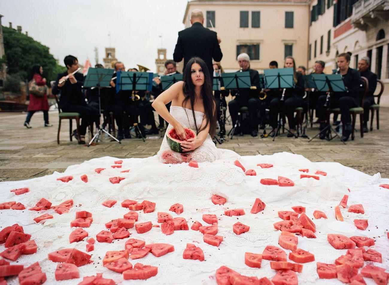 Romina de Novellis, Inferno, Biennale di Venezia 2017. Prodotto da Kreemart in collaborazione con Galleria Alberta Pane - Lightbox - My Art Guides. Photo Mauro Bordin © De Novellis-Bordin 2017