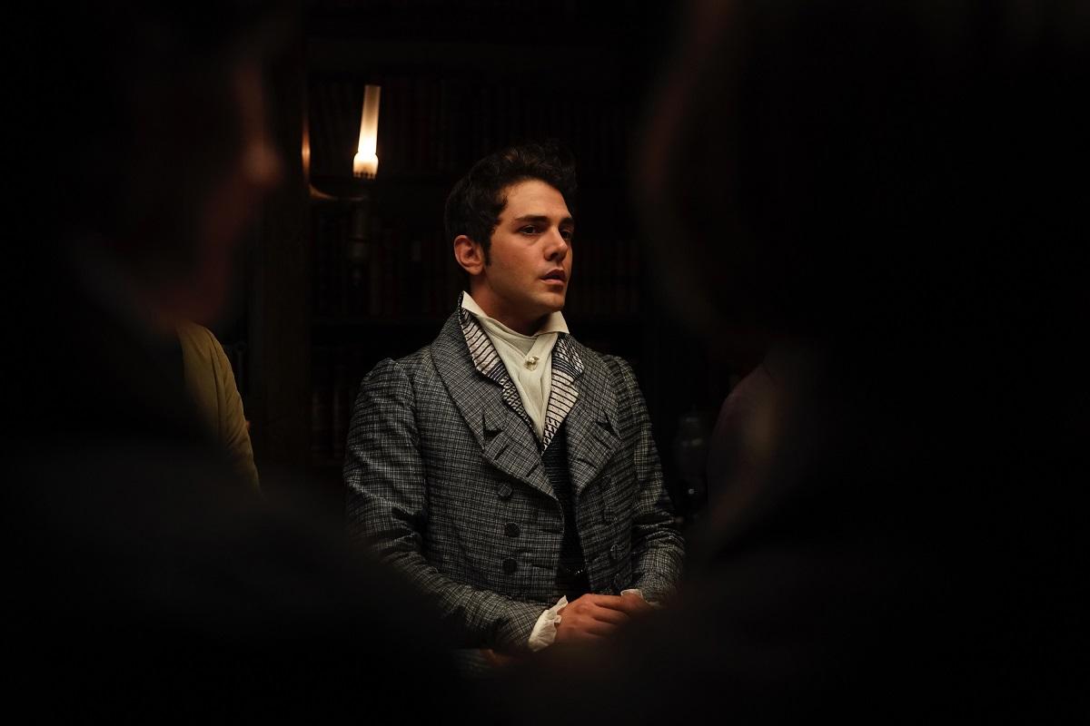 Illusioni Perdute, Actor Xavier Dolan. Credits: Roger Arpajou, 2021, CURIOSA_FILMS GAUMONT FRANCE 3 CINEMA GABRIEL INC UMEDIA