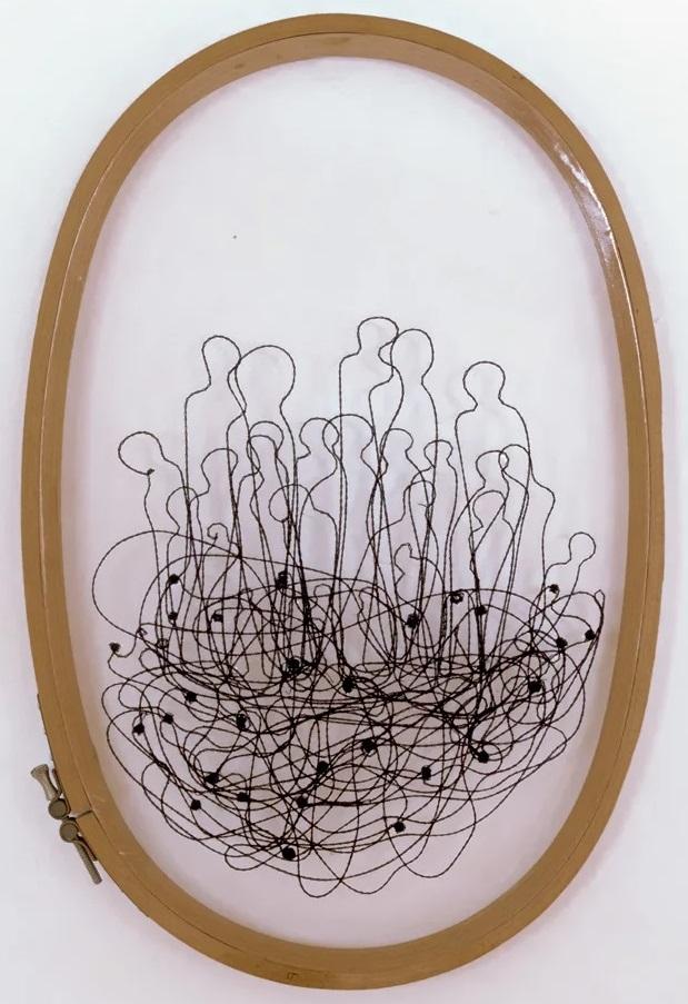 Gianfranco Basso, Cerchio, ricamo su plastica, 25x20 cm, 2019