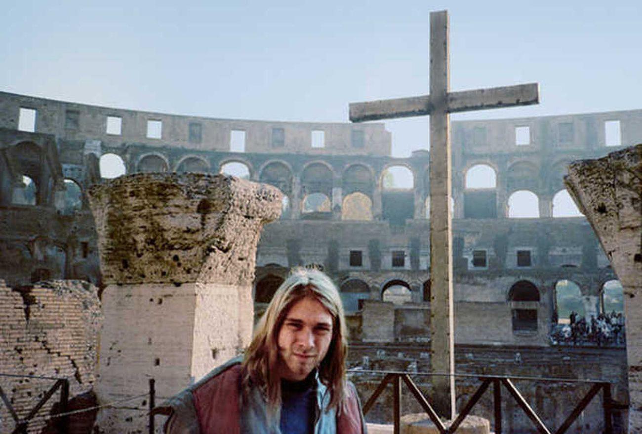 Kurt Cobain in visita al Colosseo, Roma 1989