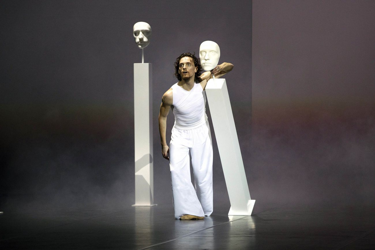 Sergei Polunin, Dante Metànoia. Paradiso. Teatro Alighieri, Ravenna 2021. Photo © Silvia Lelli