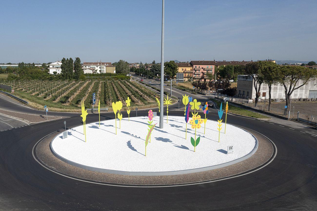 Massimo Sansavini, Rotonda dei fiori, 2021. Fondzione Dino Zoli, Forlì. Photo Andrea Fiumana